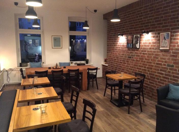 Der neue Raum bietet nun mehr Sitzplätze für Besucher im Café Blattgold