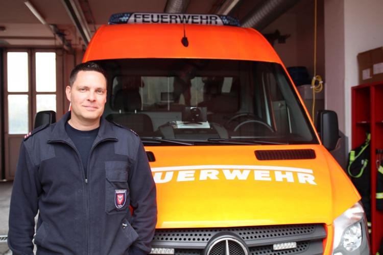Heiko Strzylecki von der Feuerwehrleitstelle Kiel
