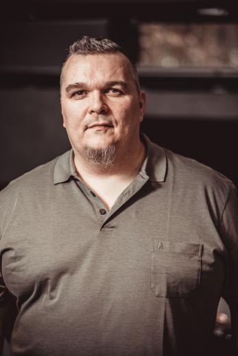 Songwriter und Produzent Mark