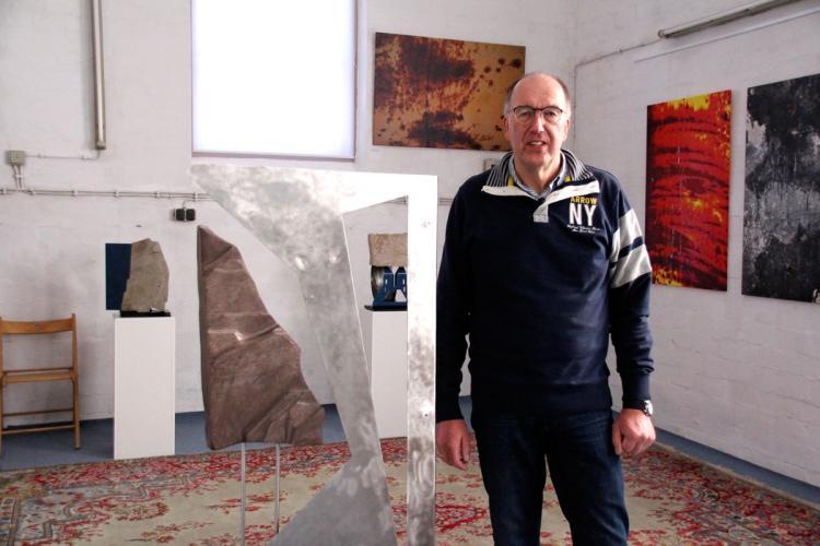 Berthold Grzywatz ist Bildhauer und Fotograf