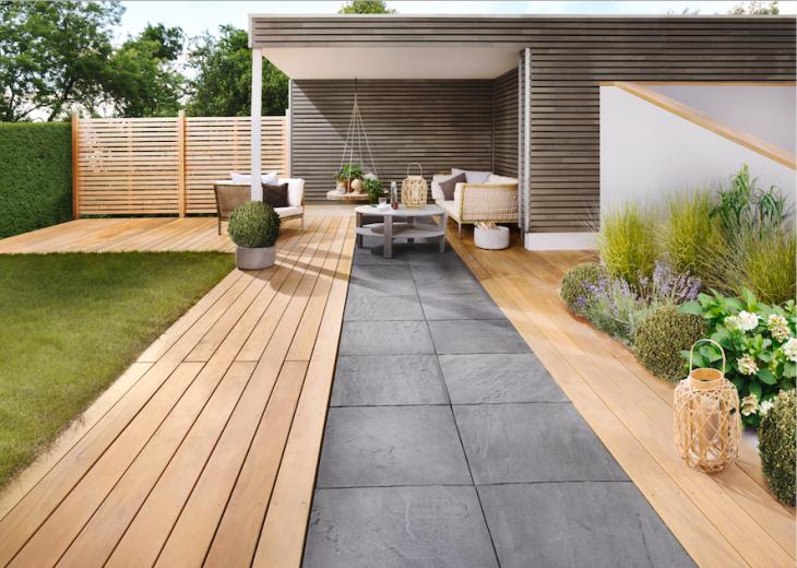 Bei Holzland Gehlsen bekommt man neben einer umfangreichen Beratung sämtliche Hölzer und Baumaterialien für den Terrassenbau